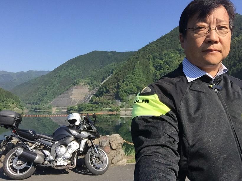 バイクツーリング、自撮り