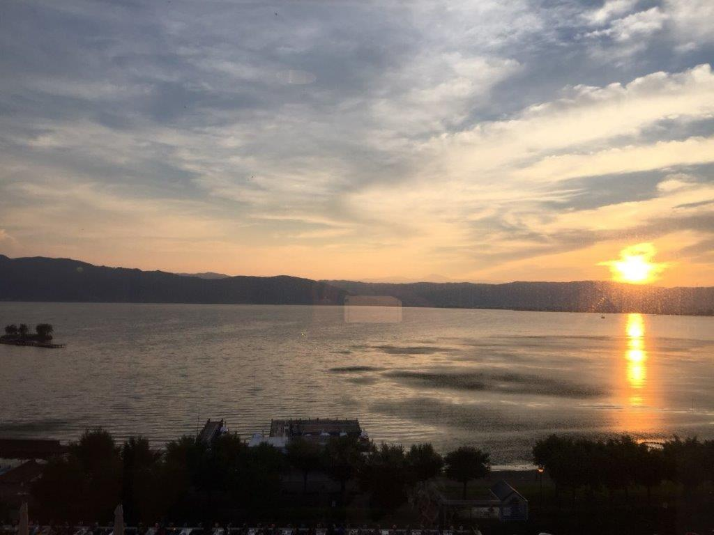 諏訪湖の夕焼け