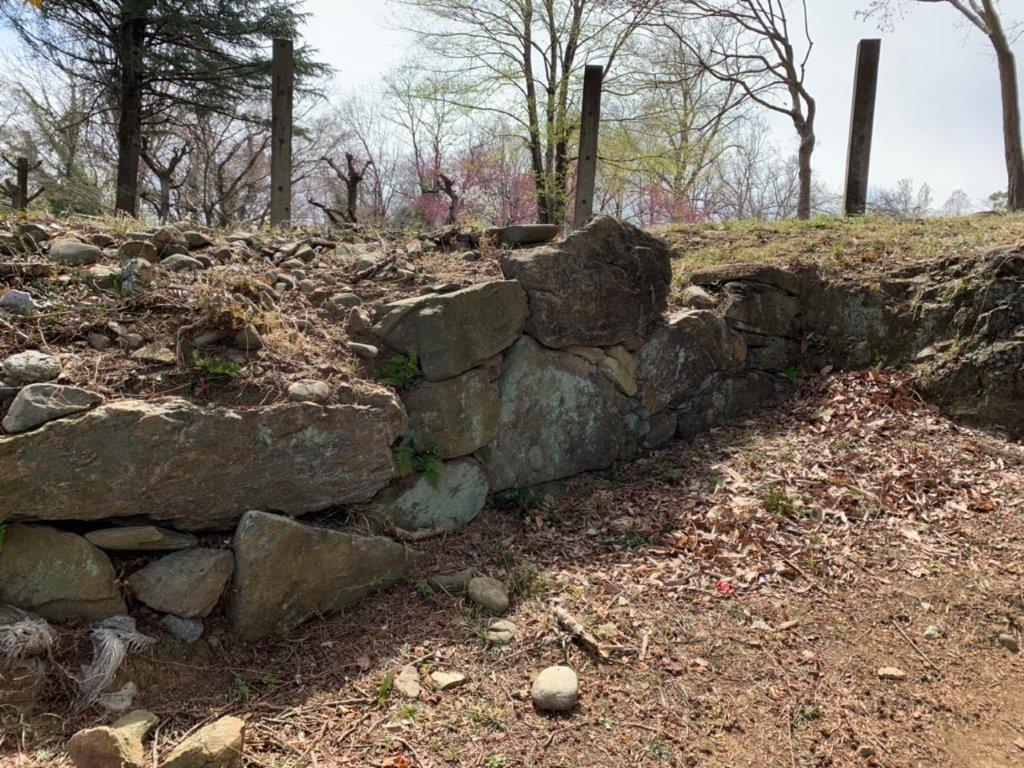 鉢形城跡を散策中